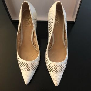 Vince Camuto White Pointy Toe Pumps - SZ 10